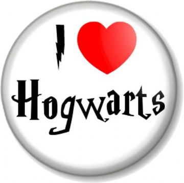 I Love / Heart Hogwarts Pinback Button Badge Harry Potter School of Witchcraft and Wizardry